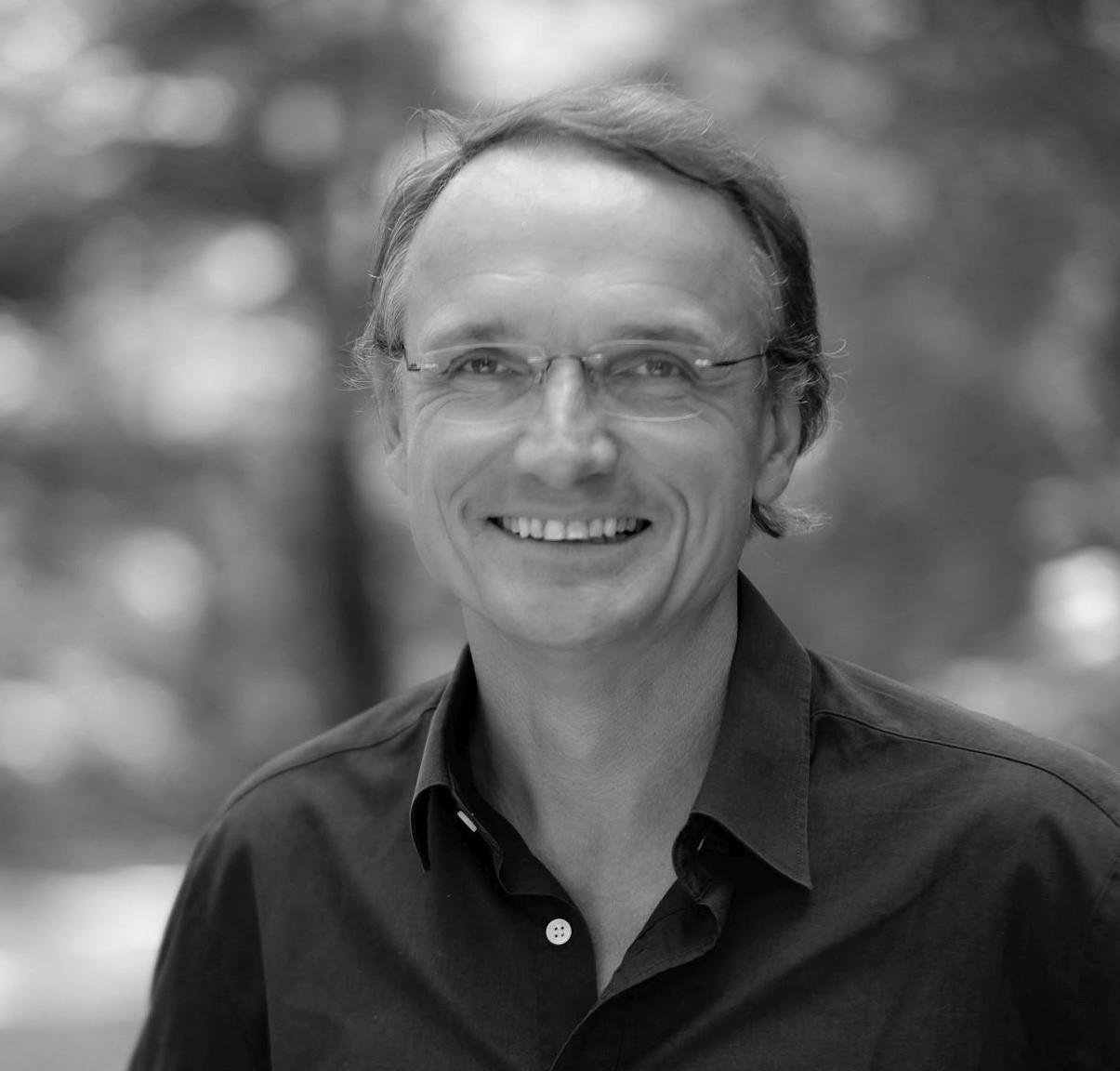 Dr. Gerald Renger, GF